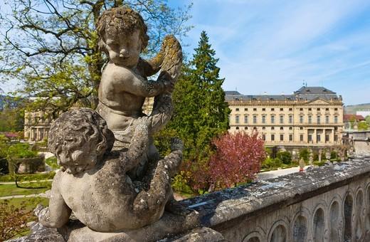 Court Gardens and Wuerzburg Residenz, a Baroque palace, UNESCO World Heritage Site, Wuerzburg, Bavaria, Germany, Europe : Stock Photo