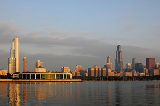 Stock Photo: 1848-554248 John G. Shedd Aquarium and Oceanarium, Lake Michigan, Willis Tower, formerly named Sears Tower and renamed in 2009, 311 South Wacker Drive skyscraper, CNA Tower, skyline, Chicago, Illinois, United States of America, USA