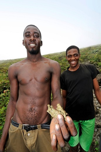 Marijuana farmers with weed in La Soufriere, Saint Vincent, Lesser Antilles, Caribbean : Stock Photo