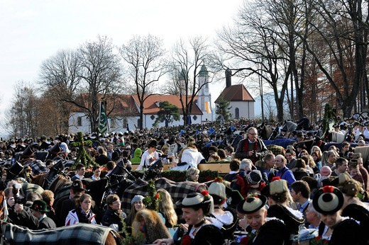 Leonhardifahrt, a procession with horses for the feast day of Saint Leonard of Noblac, blessing on Kalvarienberg, Calvary Hill, Bad Toelz, Upper Bavaria, Bavaria, Germany, Europe : Stock Photo