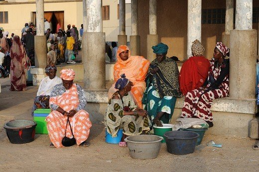 Stock Photo: 1848-555485 Women selling their fish in the fishing market of Nouakchott, Mauritania, northwestern Africa