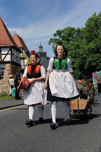 Schwalm traditional costumes of unmarried and married women, Salatkirmes, Salad Fair, Ziegenhain, Schwalmstadt, Schwalm_Eder_Region, Upper Hesse, Hesse, Germany, Europe : Stock Photo