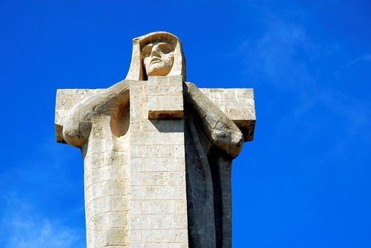 Christopher Columbus statue in Huelva, Costa de la Luz, Huelva region, Andalucia, Spain, Europe : Stock Photo