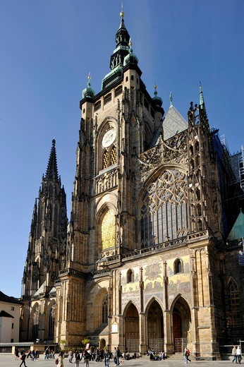 Wenzelsturm, Tower of Saint Wenzel, golden portal of the Gothic St. Vitus Cathedral, Prague Castle, Hradcany, Prague, Bohemia, Czech Republic, Europe : Stock Photo