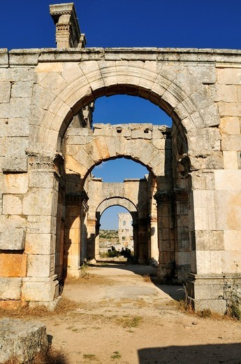Byzantine ruin of the Church of Saint Simeon Stylites, Qal´at Sim´an, Qalaat Seman archeological site, Dead Cities, Syria, Middle East, West Asia : Stock Photo