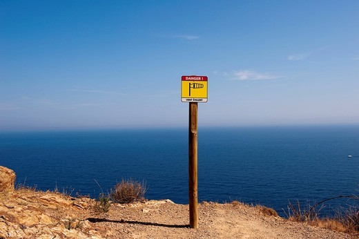 Warning of strong winds at Cape Rederis, Cote Vermeille, near Colliure and Banyuls, Languedoc_Roussillon, southern France, France, Europe : Stock Photo