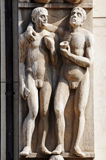 Stock Photo: 1848-560264 Stone figures on a savings bank building, Erfurt, Thuringia, Germany, Europe