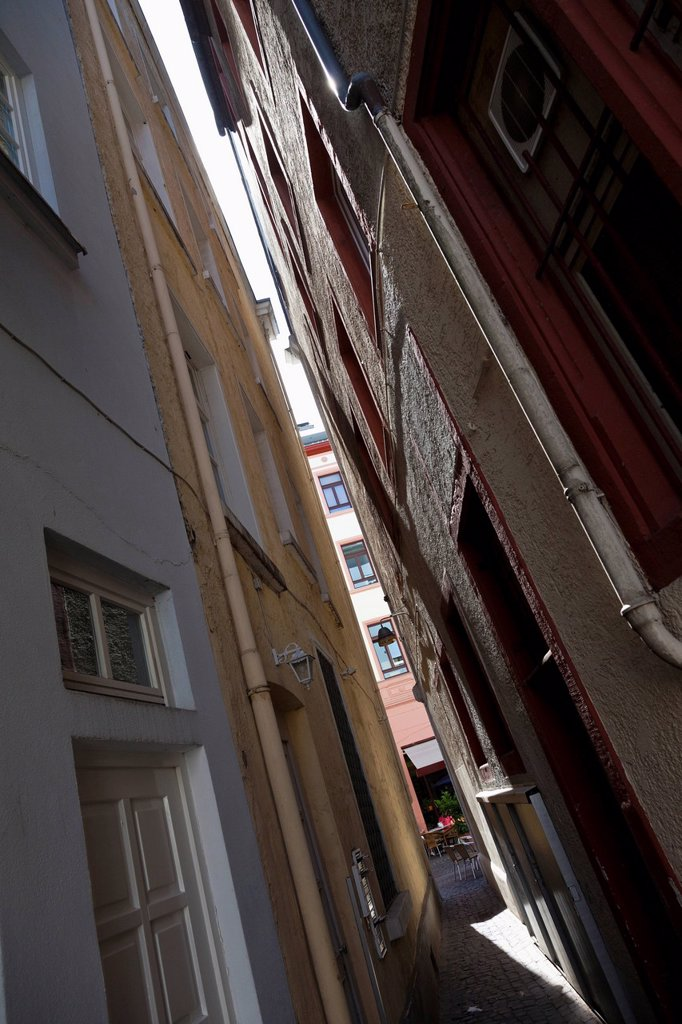 Fronts of the houses in a small alley alongside the Augustinergasse, historic town centre, Mainz, Rhineland_Palatinate, Germany, Europe : Stock Photo