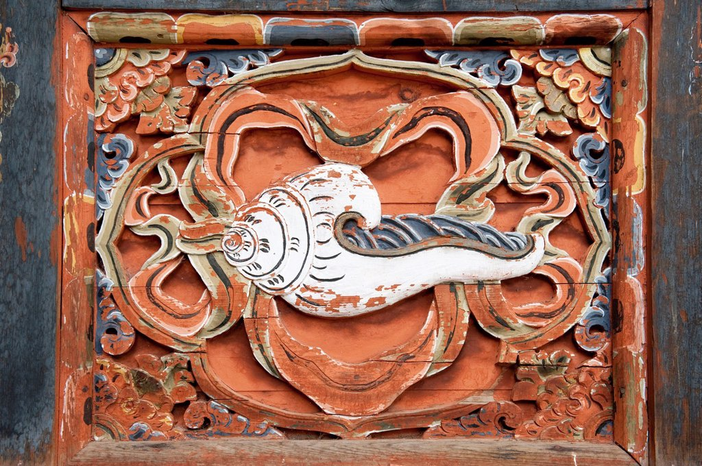 Stock Photo: 1848-562471 Tibetan Buddhism, decorative wood carving, conch, Tango Goemba Monastery, near Thimphu, the Himalayas, Kingdom of Bhutan, South Asia, Asia