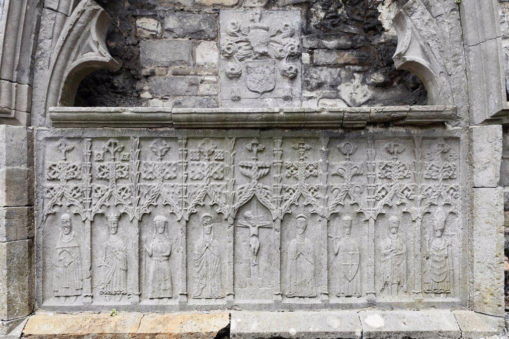Stock Photo: 1848-562498 Stone altar, Sligo Abbey, Sligo, County Sligo, Connacht, Ireland, Europe