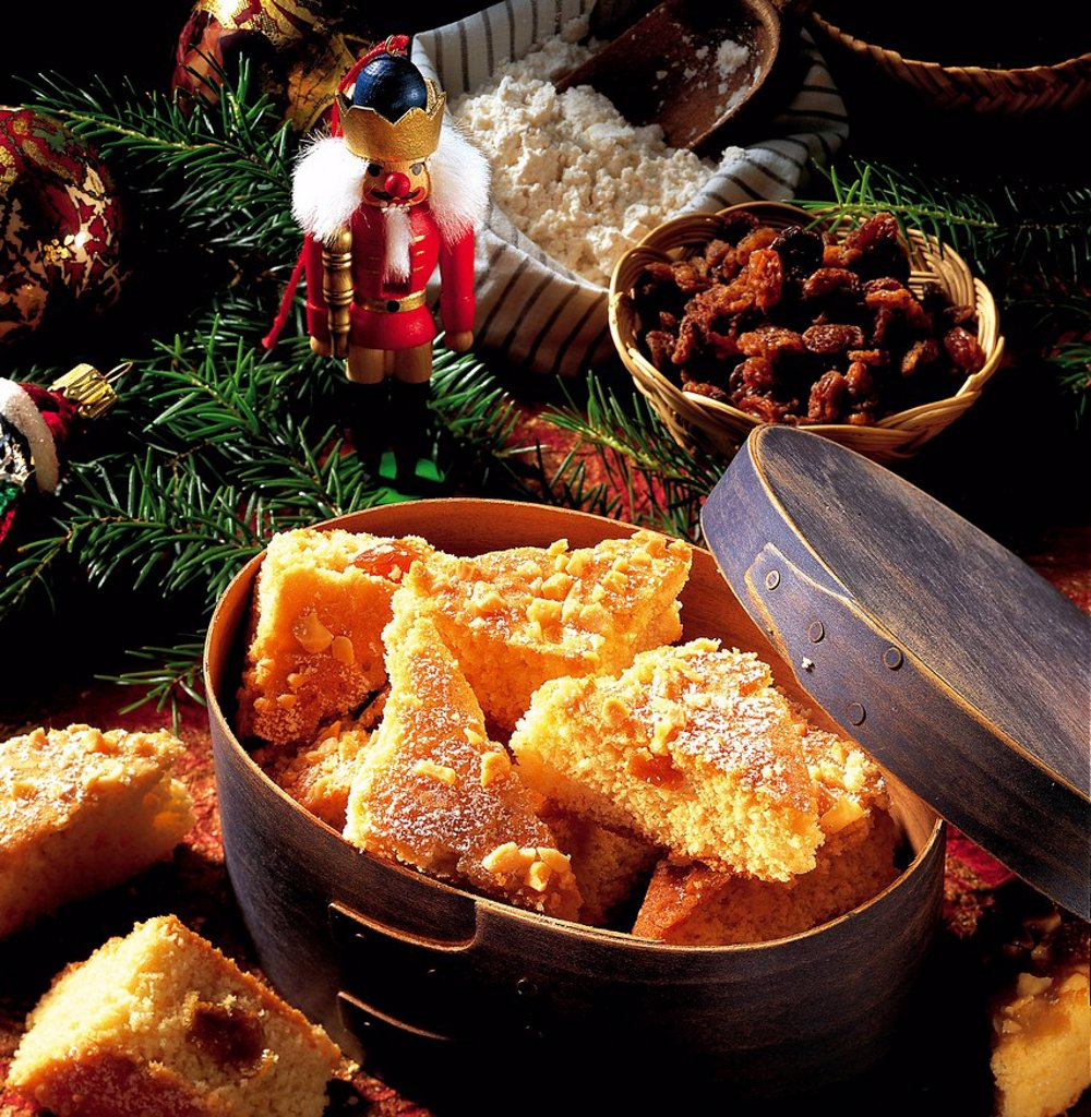 Stock Photo: 1848-564148 Mother Jensen´s Christmas cookies, Norway, recipe available for a fee