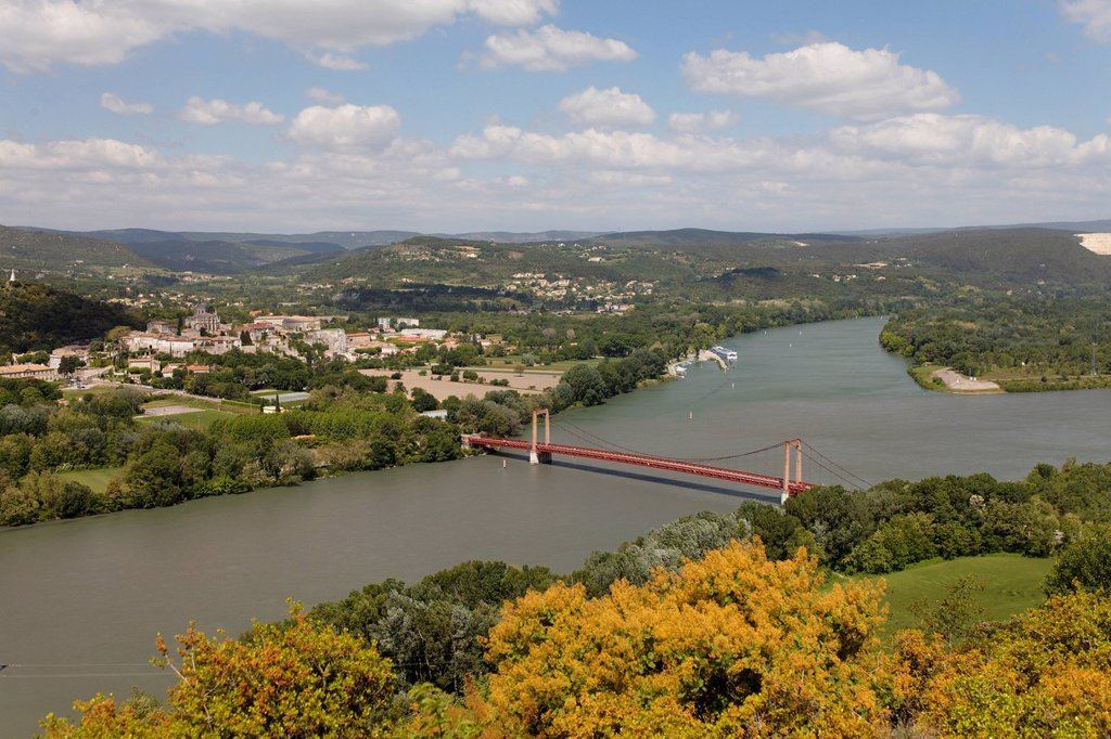 Stock Photo: 1848-565521 Village of Viviers, Rhone gorge in Donzere, Ardeche, Drome, France, Europe
