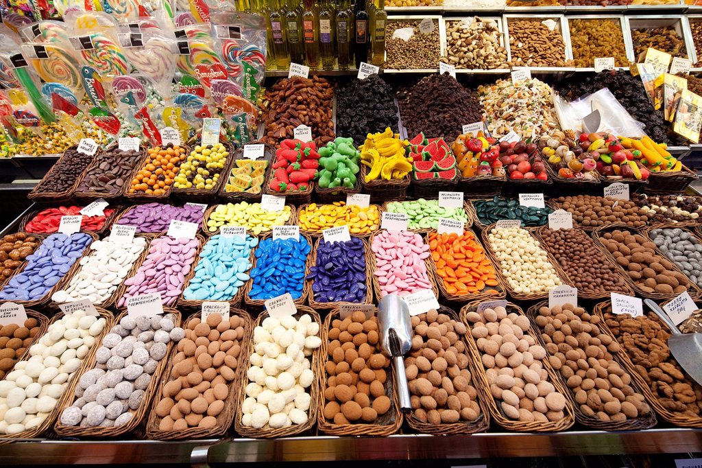 Stock Photo: 1848-565587 Sweets, chocolate, confectionery, La Boqueria, market stall, Ramblas, Rambles, pedestrian area, Barcelona, Catalonia, Spain, Europe