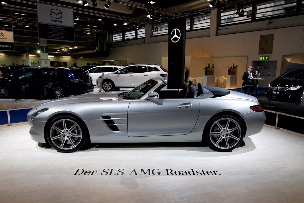 Stock Photo: 1848-565934 Mercedes SLS AMG Roadster, Auto Zuerich Car Show, Oerlikon quarter, Zurich, Switzerland, Europe