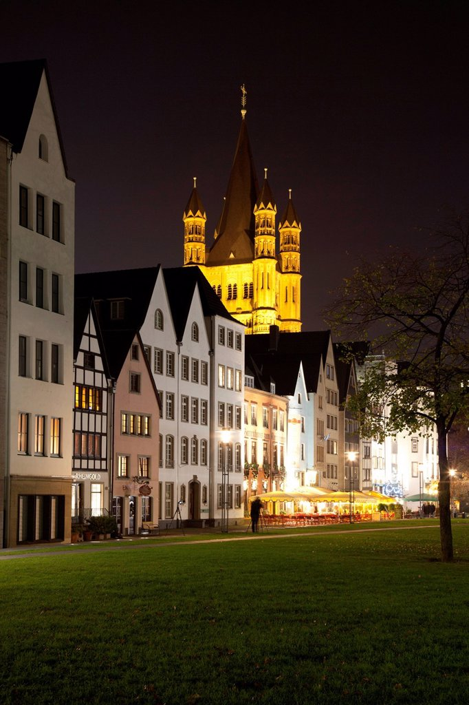 Old town on the banks of the Rhine with Gross St. Martin church, Cologne, Rhineland, North Rhine_Westphalia, Germany, Europe, PublicGround : Stock Photo