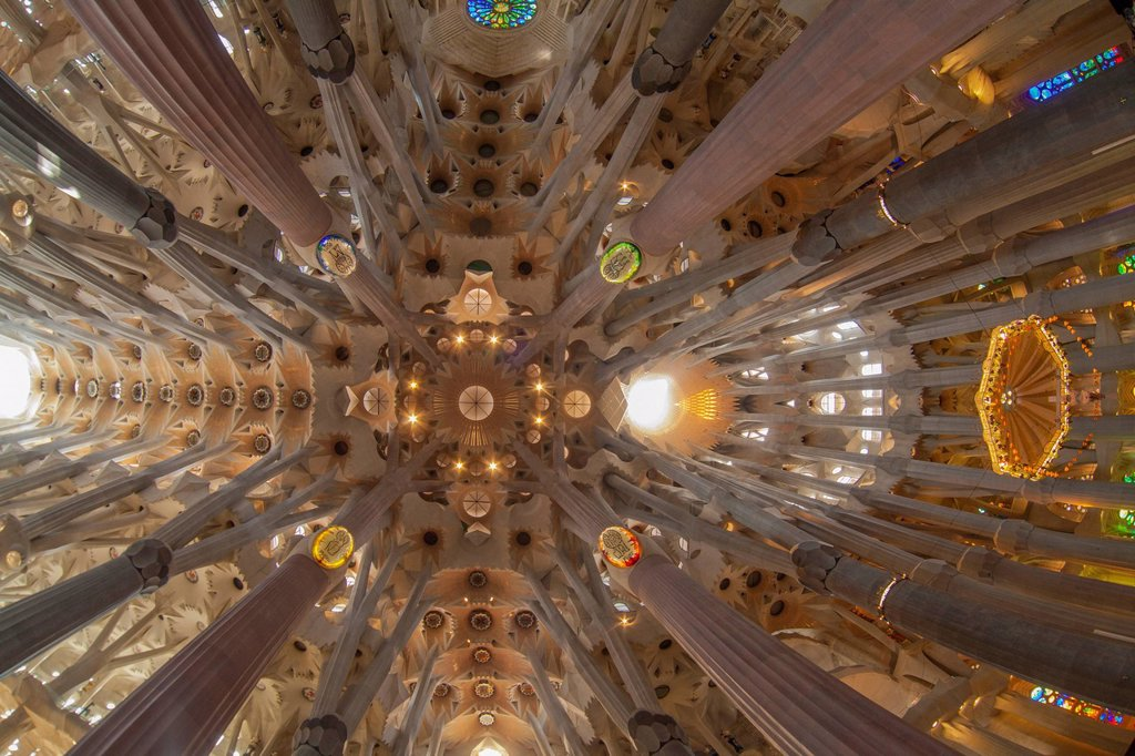 Stock Photo: 1848-566550 Church ceiling, altar with a baldachin or canopy of state, tree_shaped pillars and ceiling, interior of Sagrada Familia, Basílica i Temple Expiatori de la Sagrada Família, Basilica and Expiatory Church of the Holy Family, by Antoni Gaudi, UNESCO World Cul. Church ceiling, altar with a baldachin or canopy of state, tree_shaped pillars and ceiling, interior of Sagrada Familia, Basílica i Temple Expiatori de la Sagrada Família, Basilica and Expiatory Church of the Holy Family, by Antoni Gaudi, UNES