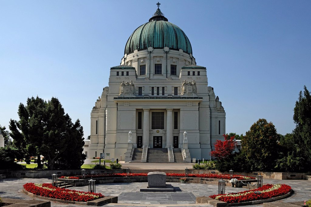 Stock Photo: 1848-567243 Karl_Borromaeus_Kirche church, presidential tomb at front, Art Nouveau, 1908, Zentralfriedhof, Central Cemetery, Gate 2, Simmeringer Hauptstrasse, Vienna, Austria, Europe