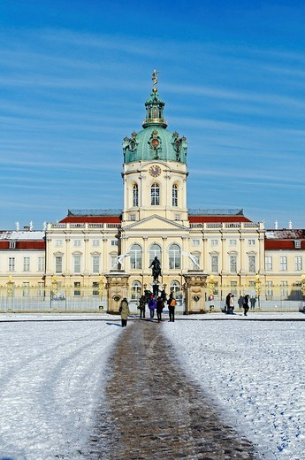 Charlottenburg Castle in snow, Berlin_Charlottenburg, Germany, Europe : Stock Photo