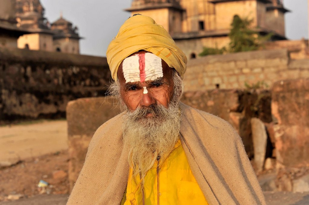 Stock Photo: 1848-569667 Sadhu or holy man, Orchha, Madhya Pradesh, North India, India, Asia