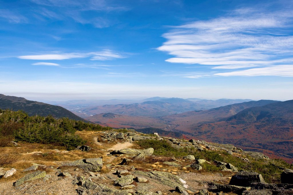 View as seen from Mount Washington National Park, autumn coloured forests, Indian Summer, New Hampshire, USA : Stock Photo