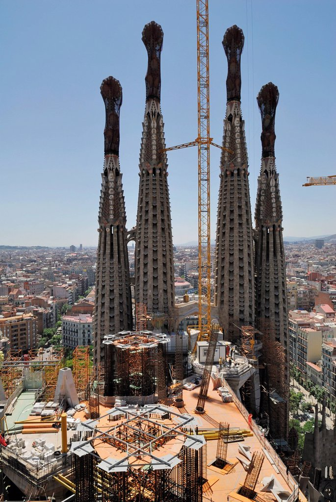 Stock Photo: 1848-578009 View over the construction site of La Sagrada Família, Basílica i Temple Expiatori de la Sagrada Família, Basilica and Expiatory Church of the Holy Family, Antoni Gaudí, UNESCO World Heritage Site, Eixample, Barcelona, Catalonia, Spain, Europe
