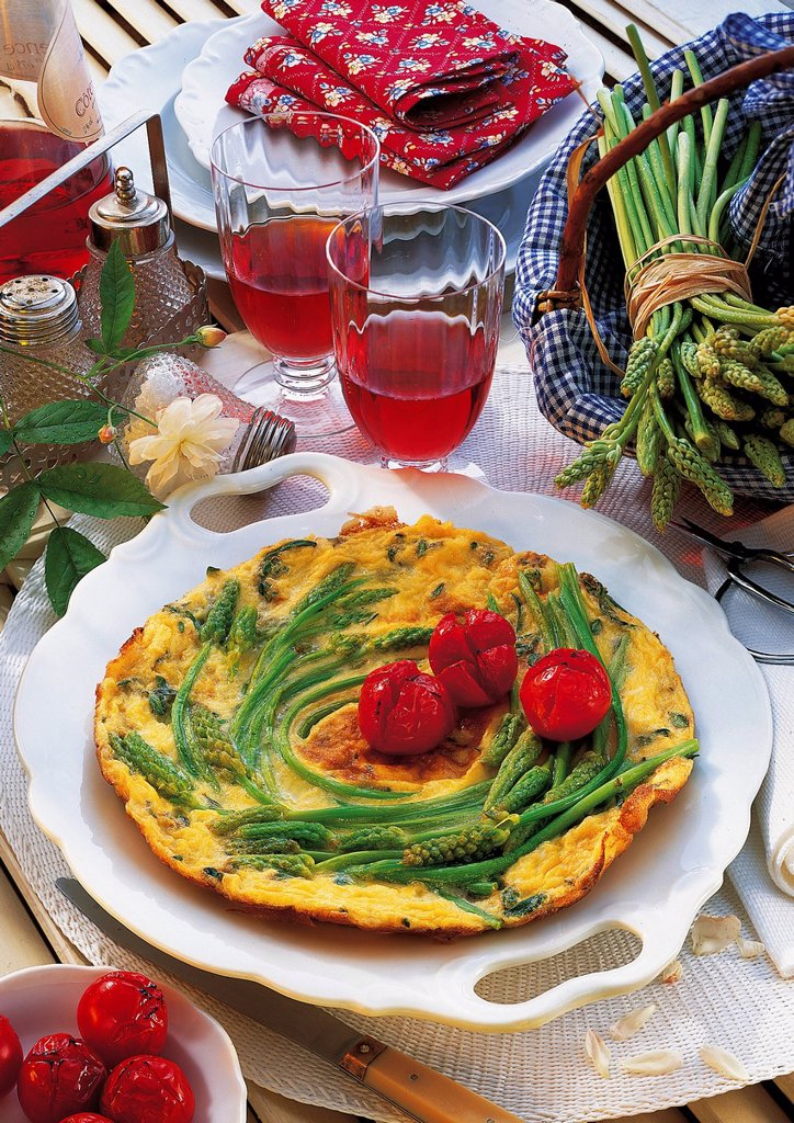 Stock Photo: 1848-578330 Wild asparagus omelette, France, recipe available for a fee