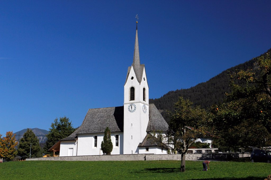 Stock Photo: 1848-578410 Church of St. Anton, Montafon valley, Vorarlberg, Austria, Europe