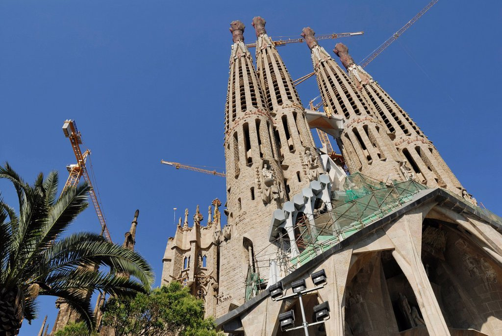 Passion Facade, La Sagrada Família, Basílica i Temple Expiatori de la Sagrada Família, Basilica and Expiatory Church of the Holy Family, Antoni Gaudí, UNESCO World Heritage Site, Eixample, Barcelona, Catalonia, Spain, Europe, PublicGround : Stock Photo