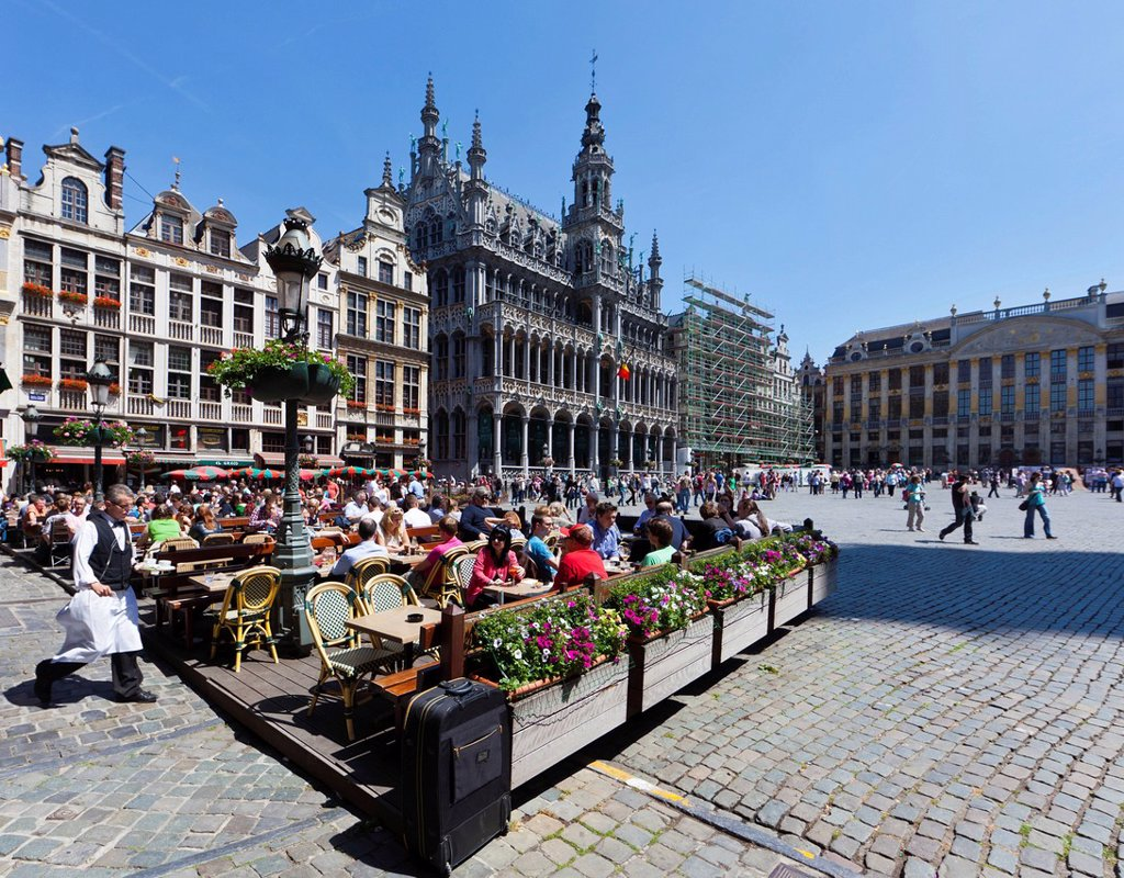 Tourists on the terrace of a restaurant on Grote Markt square, Grand Place, UNESCO World Heritage Site, Brussels, Belgium, Benelux, Europe : Stock Photo