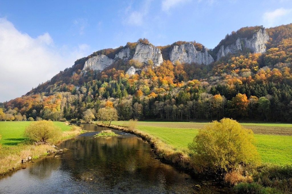 Stock Photo: 1848-580159 View across the Danube to Mt Hausener Zinnen in the autumnal Upper Danube Valley, Sigmaringen district, Baden_Wuerttemberg, Germany, Europe