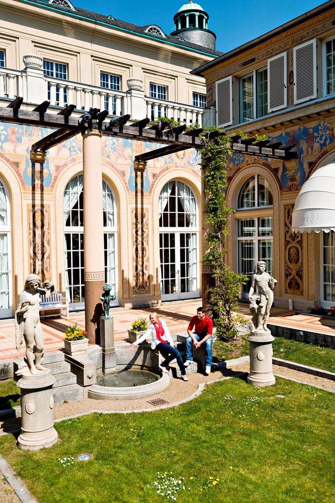 Stock Photo: 1848-580892 Patio of Regentenbau, Bad Kissingen, Bavaria, Germany, Europe