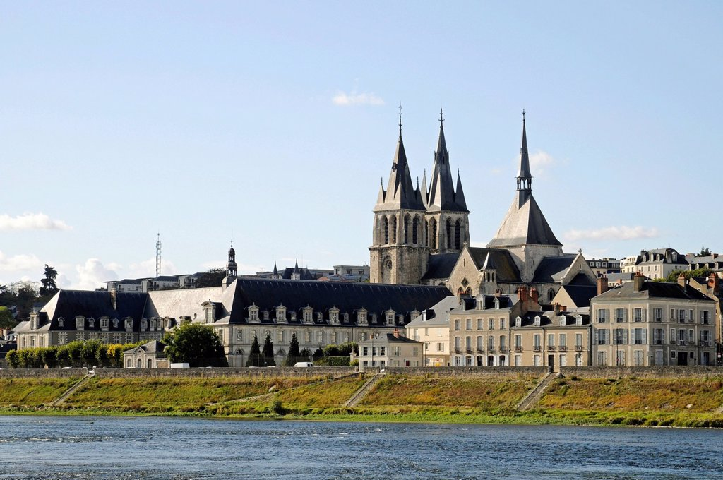 Church of Saint_Nicolas, Loire river, Blois, Loir_et_Cher, Centre, France, Europe, PublicGround : Stock Photo