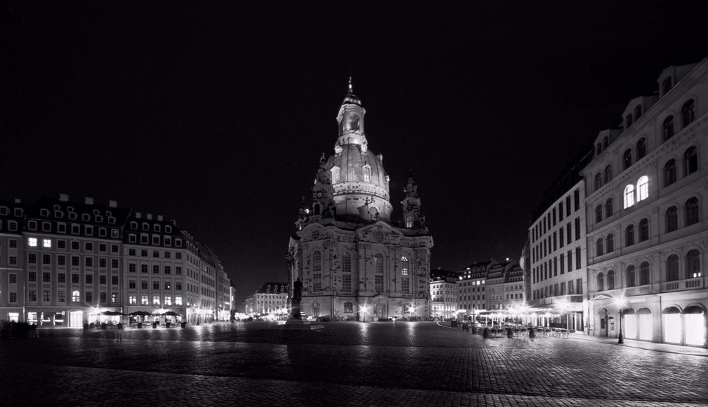 Frauenkirche, Church of Our Lady and Neumarkt square at night, Dresden, Saxony, Germany, Europe : Stock Photo