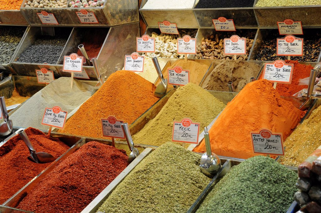 Stock Photo: 1848-582393 Interior view, spices, covered part of the Spice Bazaar, Egyptian Bazaar, old town, Istanbul, Turkey, Europe