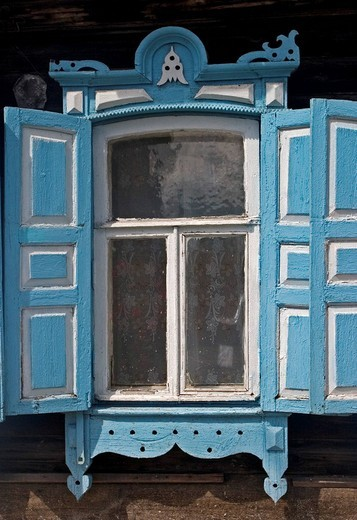 Stock Photo: 1848-58292 Windows with Ornamentic frames at different old Sibirian Wooden Houses, Omsk at the Rivers of Irtisch and Omka, Omsk, Sibiria, Russia, GUS, Europe,