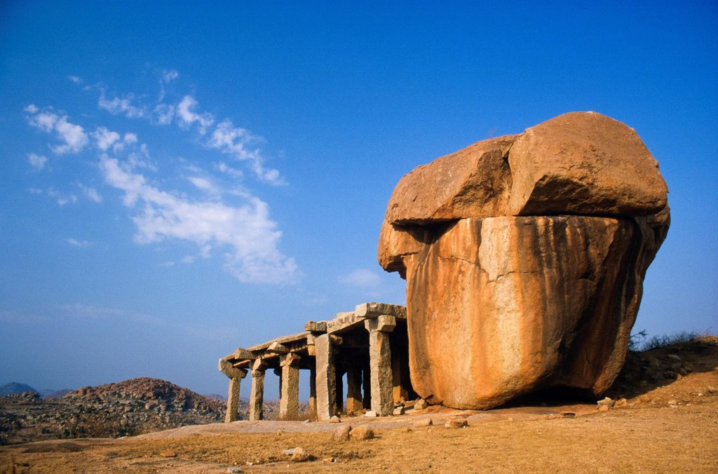Stock Photo: 1848-586378 Ruins of the old kingdom Vijayanagar, Hampi, Karnataka, India, Asia