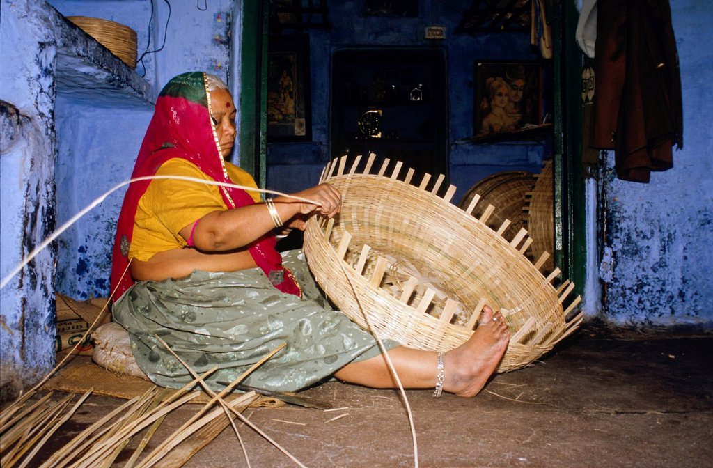 Stock Photo: 1848-587255 Local woman making basket from bamboo, Jodhpur, Rajasthan, India, Asia