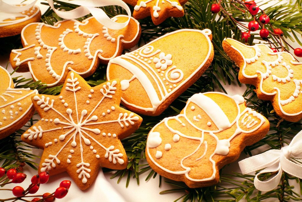 Stock Photo: 1848-588487 Gingerbread figures, Christmas cookies