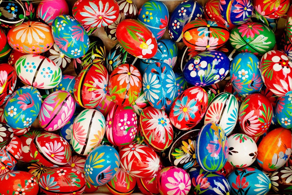 Stock Photo: 1848-589397 Artistically painted Easter eggs