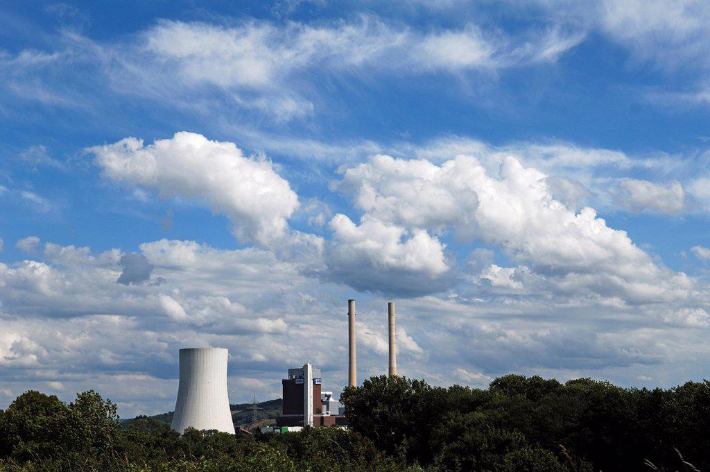 Heilbronn Power Station, a coal_fired power plant under a cloudy sky near Heilbronn, Baden_Wuerttemberg, Germany, Europe : Stock Photo
