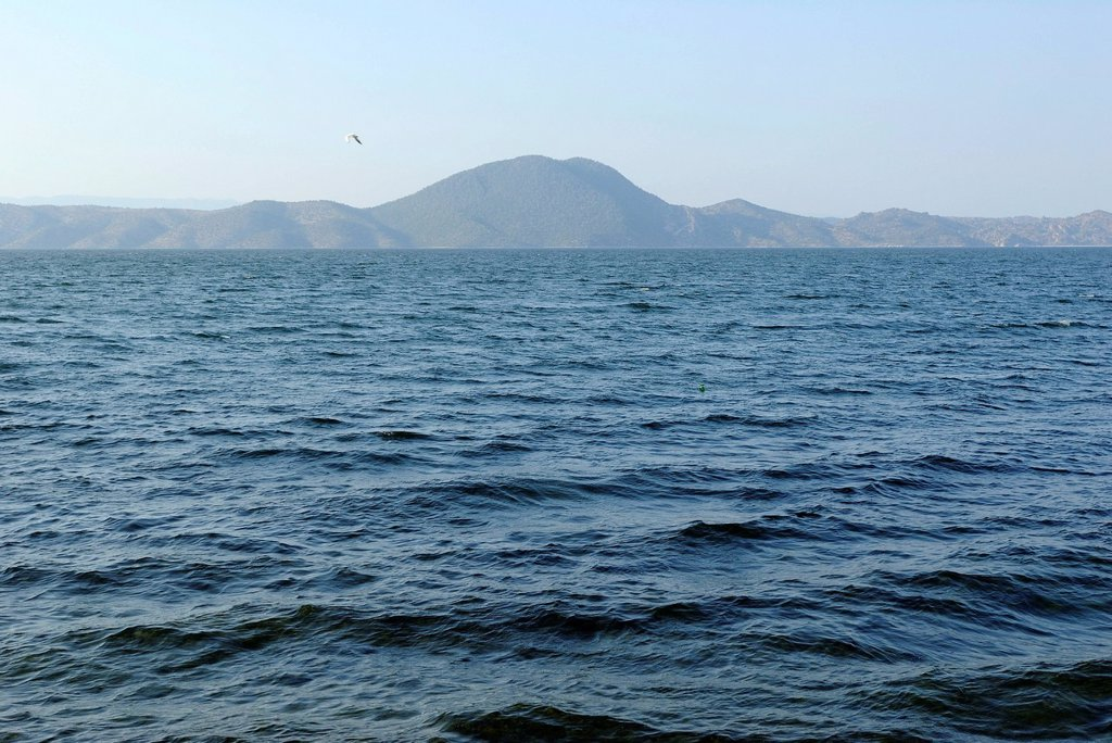 Bafa Goelue, Lake Bafa, also called Çamiçi Goelue, lake on the west coast of Turkey, Mu&287,la Province, Mu&287,la, Ayd&305,n, South Aegean coast, southwest Turkey, west coast, western Turkey, Turkey, Mediterranean, Europe, Middle East, Asia : Stock Photo
