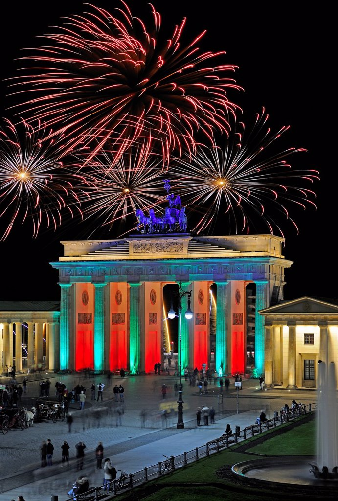 Stock Photo: 1848-591559 Brandenburg Gate on Pariser Platz square, fireworks on New Years Eve, Berlin, Germany, Europe, Composing