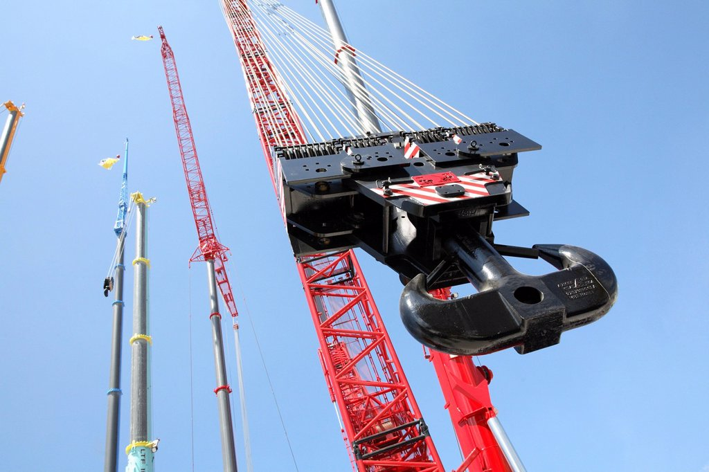 Stock Photo: 1848-591963 Construction site equipment, cranes
