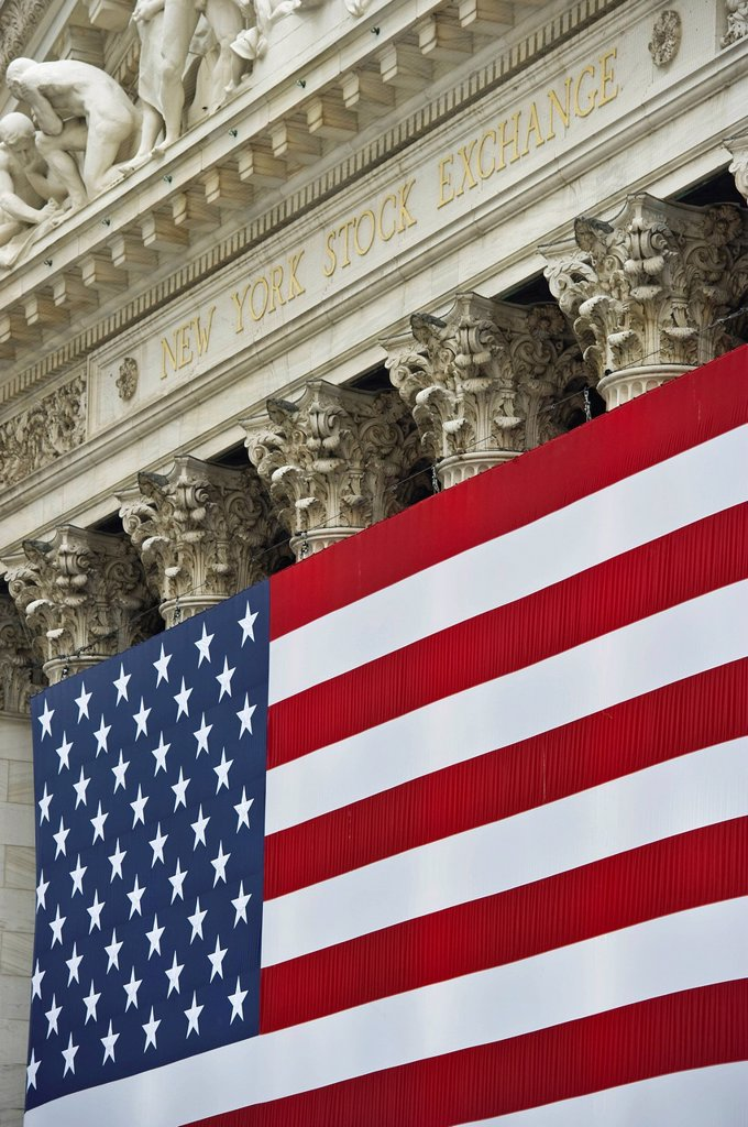 Stock Photo: 1848-595530 U.S. Flag, Wall Street, Manhattan, New York, USA, America