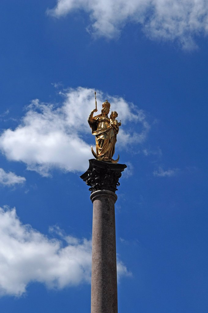 Stock Photo: 1848-599354 Marian column against a blue sky with white clouds, Marienplatz square, Munich, Bavaria, Germany, Europe