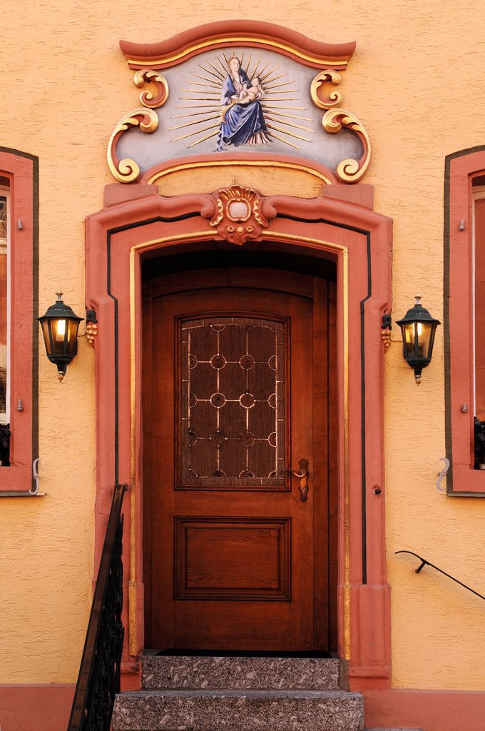 Old entrance door, Gasthaus Ochsen inn, Kirchstrasse street 3, Ettenheim, Baden_Wuerttemberg, Germany, Europe : Stock Photo