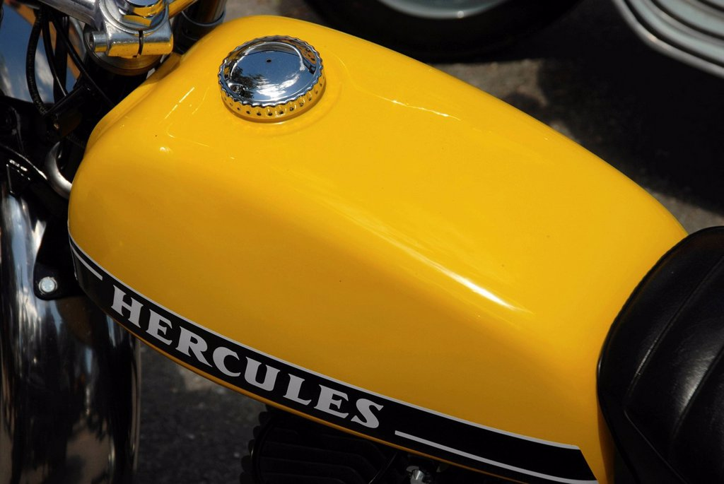 Stock Photo: 1848-604770 The tank of a Hercules moped from the 1970s