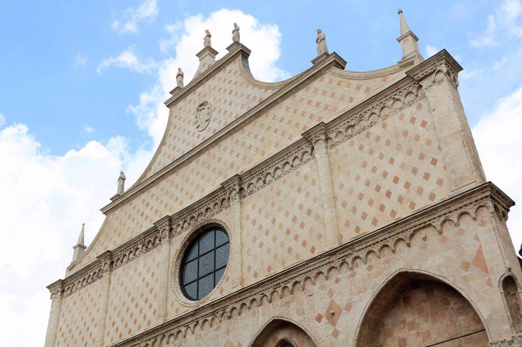 Cattedrale di Santa Maria Annunciata, Vicenza Cathedral, west facade, Piazza Duomo square, Vicenza, Veneto region, Italy, Europe : Stock Photo
