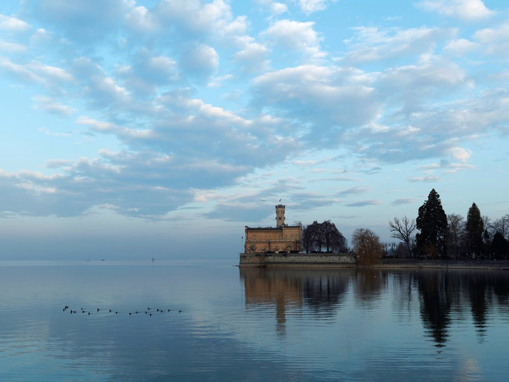 Montfort Castle in the first sunlight, Langenargen, Lake Constance, Baden_Wuerttemberg, Germany, Europe : Stock Photo