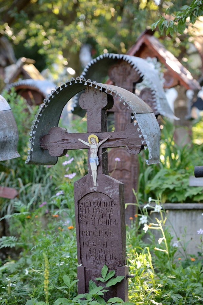 Stock Photo: 1848-607447 Crosses in the cemetery of the wooden church Biserica Din Deal, Leude Suzani, Iza Valley, Maramures, Romania, Europe